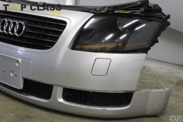 2000-2001 AUDI TT COMPLETE SET WITH FRONT NOSE  AND SIDE FENDERS &HOOD dee64db0-522a-46f9-8b07-b0eec0a48b52