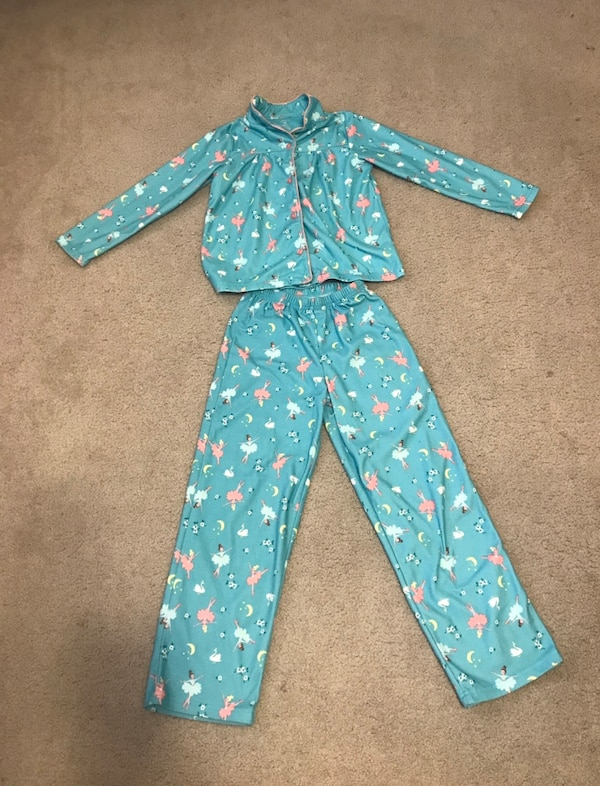 10bb58104 Used Carters size 10 pajamas flame resistant for sale in Gladstone - letgo