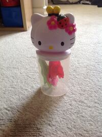 Hello Kitty container with hair clips Burnaby, V5G 1K9