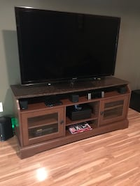 55in TV media stand with shelves  Lawrence, 46236