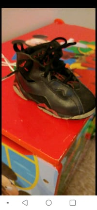 Red and black size 8. Boys jordans Hagerstown, 21740