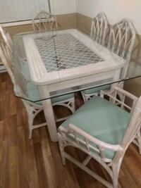 Dinning table with 6 chairs Gresham