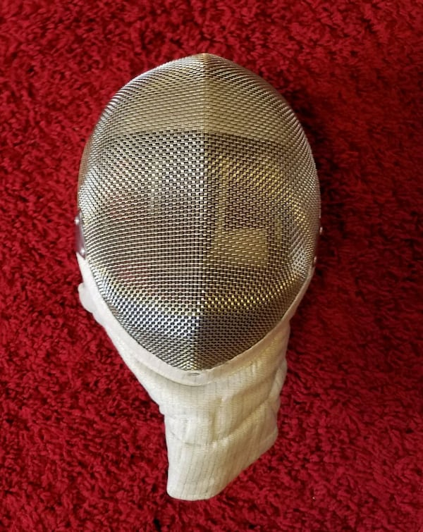 Fencing gear, ages 8-12 1
