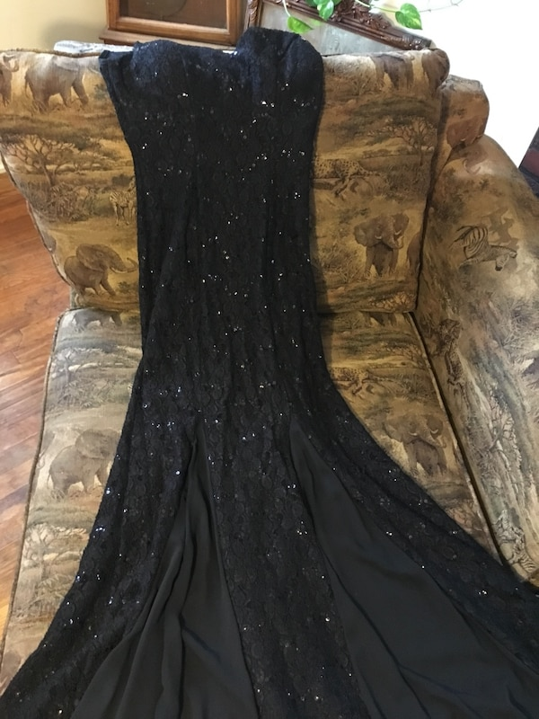 Beautiful Black and sequence dress