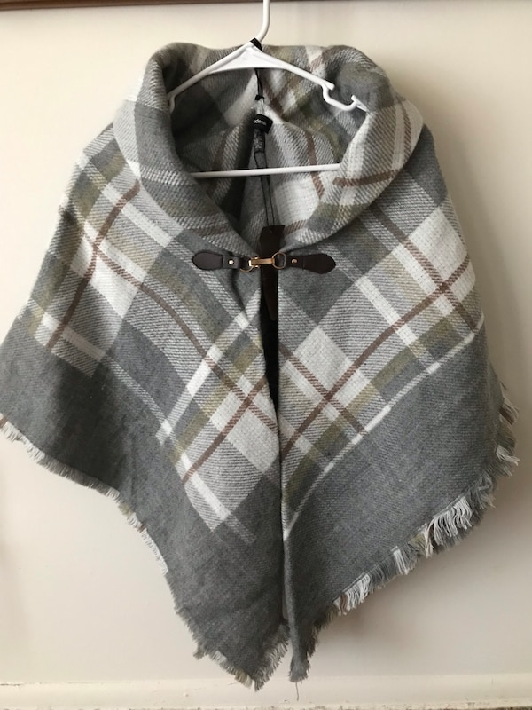 fb2c7671f9d Used Poncho with stylish clasp for sale in Wilmington - letgo