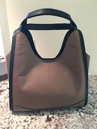 Brand new Italian leather bag in taupe Toronto, M2R