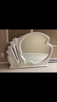 white wooden framed vanity mirror New Haven, 06510
