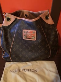 Large faux LV hand bag purse Wilmer, 36587