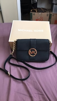 Black michael kors leather crossbody bag Surrey, V4A 1P9