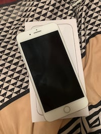 White iPhone 8 plus 256 GB Toronto, M1E 4B1