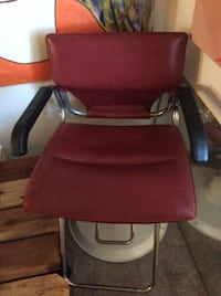 Red cutting chair Los Angeles, 90034