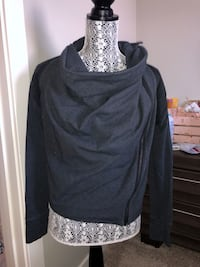 Lululemon wrap jacket  Chestermere, T1X