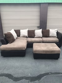 Sectional and Ottoman  165 mi
