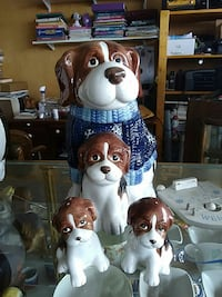 Dog and puppies cookie jar, salt pepper shakers  Crescent City, 95531