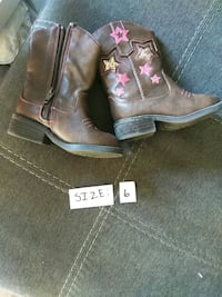 pair of brown leather cowboy boots Aurora, 80017