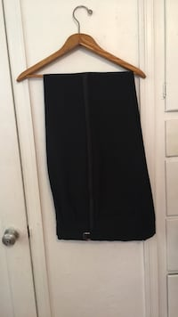 Suit formal size 36 37 38 . Good condition!!!! Hollywood, 33020