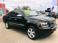 2011 chevy avalanche desde $2500 enganche  Houston