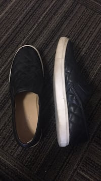 Black Leather Slip Ons 8.5 womens Pullman, 99163