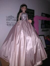 Quinceanera dress bouquet and doll San Antonio, 78227