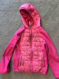 XMTN girls pink fall jacket from Costco. Size small (6-6X). Great shape. No rips. Selling for 6.00. Halifax, B3T 1S7