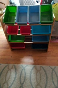 green and red plastic organizer Rockledge, 19046
