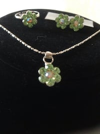 green floral pendant necklace, ring, and pair of earrings Buena Park, 90620