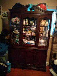 brown wooden framed glass display cabinet Miami, 33167