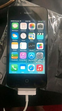 Like new iphone 4 8GB  Barrie