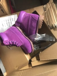 Purple timberlands boots new in box  Alexandria, 22311