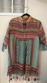 red, black, and white tribal print blouse Richmond Hill, L4E 0P5