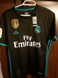 Men small brand new real Madrid  Cambridge, N1P 1G7