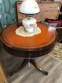 Vintage Duncan Phyfe Style Round Drum Leather Top Table Saint Louis, 63128