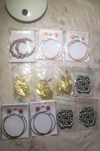 Brand new earrings  多伦多, M2N 4H5