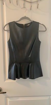 Black faux leather top in size S Toronto, M5V