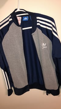 Youth large adidas jacket  Chilliwack, V2R 2Z8