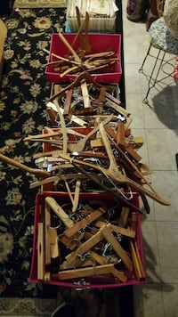 Hundreds of vintage wooden clothes hangers Hickory, 15340