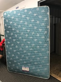 Used full mattress with box spring Washington, 20015