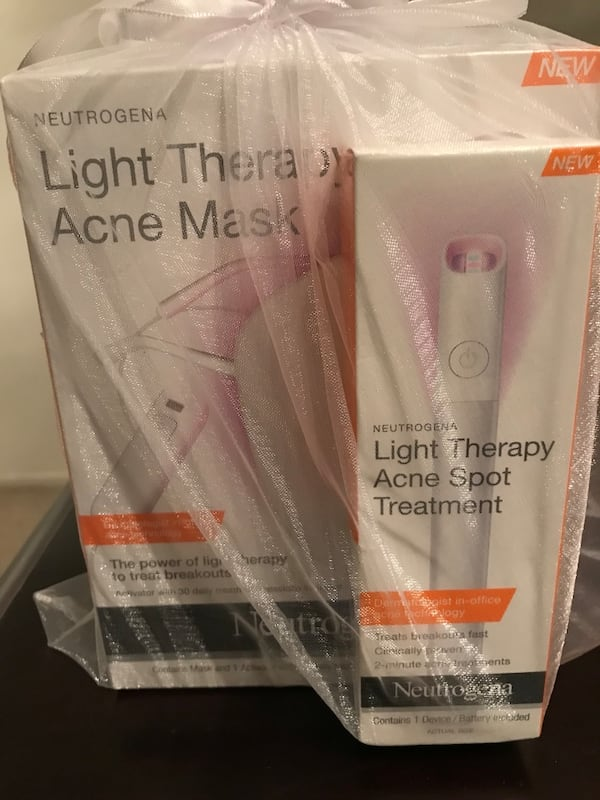 Used Neutrogena Light Therapy Acne Kit For Sale In Los Angeles Letgo