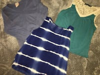 women's three assorted-colored tank tops Farmersville, 93223