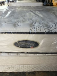 Queen size bed set can deliver  Plant City, 33567