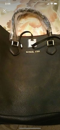 black Michael Kors leather tote bag Edmonton, T6L 6Z7