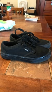 Pair of black vans authentic sneakers Dayton, 45404
