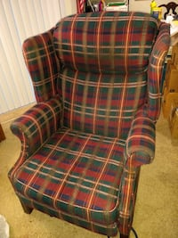 Free reclining chair in great condition Manassas, 20109
