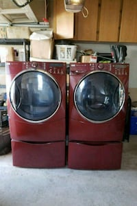 Washer and Dryer and Pedestals  Vaughan, L4H 0Y9