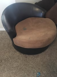 Brown round chair need gone by Monday Euless, 76039