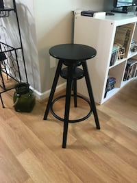 black stool (4 available ) Arlington, 22204