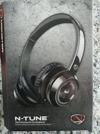 black N-Tune earphones Hamilton, L0R 1W0