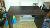 Office desk asking 20  grest shape  Edmonton, T5W 0C8