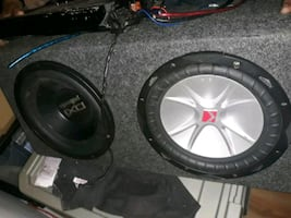 """Audio system 2 10"""" subwoofer radio and 2 amplifier"""