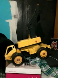 Tokes toy digger